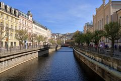Schöne Badekurort-Stadt Karlovy Vary lizenzfreies stockbild