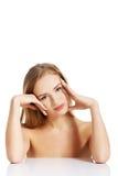 Schöne Badekurortfrau lizenzfreies stockbild