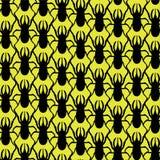 Schöne Beschaffenheit: ein Tierdruck - ein Muster von einem Nashornkäfer Insekten sind auf einem hellen gelben Hintergrund schwar Stockbilder
