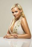 Schöne bezaubernde blonde Frau Stockfotografie