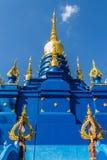 Schöne blaue Pagode an Wat Rong Suea Ten Temple, alias am blauen Tempel Wat Rong Suea Ten oder Tiger Temple ist finden Stockbild