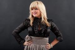 Schöne blonde Aufstellung Lizenzfreie Stockfotografie