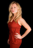 Schöne blonde Dame in einem roten Kleid Lizenzfreies Stockbild