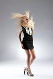 Schöne blonde Frau der Art und Weise Stockfotos