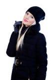 Schöne blonde Frau in der schwarzen Jacke Stockfotografie