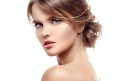 Schöne blonde Frau Frisur und Make-up Getrennt Lizenzfreie Stockfotos