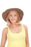 Schöne blonde Frau im Hut Lizenzfreies Stockfoto