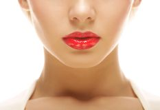 Schöne blonde Frau mit rotem Lippenstift Stockbild