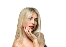 Schöne blonde Frauen-Porträtnahaufnahme frisur Rote Lippen MA Lizenzfreie Stockbilder
