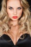 Schöne Blondine mit dem langen Haar Lizenzfreies Stockbild