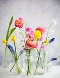 Schöne Blumenblumensträuße stockbilder