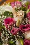 Schöne Brautringe Stockbilder