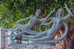 Schöne Bronzestatue von Arethusa und von Alpheus auf der Insel von Ortygia in Syrakus, Sizilien Stockfotografie