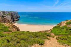 Schöne Bucht und sandiger Strand von Praia tun Beliche Lizenzfreie Stockfotos