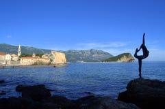Schöne Budva-Buchtansicht, adriatisches Meer Stockfotos