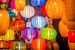 Schöne bunte Laternen in Vietnam Lizenzfreies Stockfoto