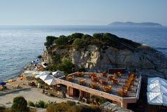 Schöne Cafeteria am Strand Lizenzfreies Stockbild