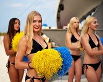 Schöne Cheerleadermädchen Stockbilder