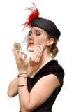 Schöne Dame mit Puderkasten Stockfotografie