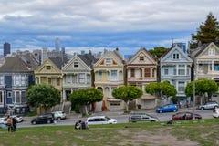 Schöne Distelfalter in Alamo-Quadrat, San Francisco lizenzfreie stockfotografie