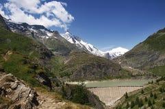 Schöne europian Alpen mit Grossglockner Stockfotos