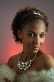 Schöne fällige schwarze Frau Headshot (2) Stockfotografie