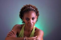 Schöne fällige schwarze Frau Headshot (5) Stockbild