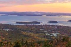 Schöne Fallfarben des Acadia-Nationalparks Stockbild