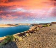 Schöne Farben von See Powell und Glen Canyon Dam, Arizona lizenzfreies stockbild