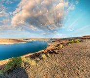 Schöne Farben von See Powell und Glen Canyon Dam, Arizona stockfotografie