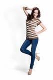 Schöne Frau in der braunen und weißen Bluse Lizenzfreies Stockfoto