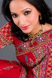 Schöne Frau in einer Sari Lizenzfreie Stockfotografie