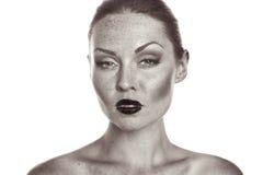 Schöne Frau mit Freckles Stockfotos