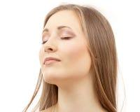 Schöne Frau mit geschlossenen Augen Lizenzfreies Stockfoto
