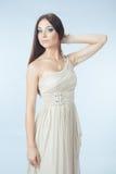Schöne Frau mit modernem Kleid Lizenzfreie Stockfotos