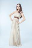 Schöne Frau mit modernem Kleid Lizenzfreies Stockfoto