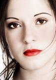 Schöne Frau mit Sepiablick und gesättigten hinzugefügten Farben Stockbild