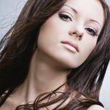 Schöne Frau mit vollkommener Haut Lizenzfreie Stockfotos