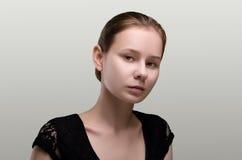 Schöne Frau Porträt der jungen Frau Stockbilder