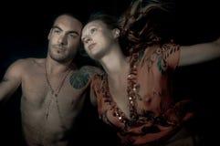 Schöne Frau und Mann Unterwasser Lizenzfreie Stockfotografie