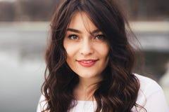 Schöne Frauen-Gesichts-Nahaufnahme Lizenzfreie Stockfotografie