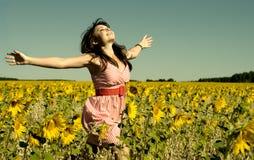 Schöne Frauenlack-läufer auf einer Lichtung Lizenzfreie Stockbilder