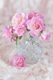 Schöne frische Rosen Lizenzfreies Stockfoto