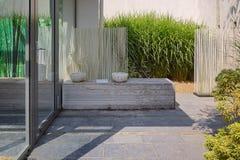 Schöne Gartenidee Stockbild