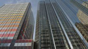 Schöne Gebäude in im Stadtzentrum gelegenem Oklahoma City - USA 2017 stock footage