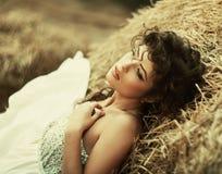 Schöne gelockte Frauen Lizenzfreie Stockfotografie