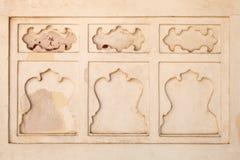 Schöne geschnitzte Designe auf den Wänden von Diwan-i-khas, Agra-Fort Lizenzfreies Stockfoto
