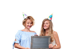 Schöne glückliche girsl Feiergeburtstagsfeier stockfotos
