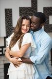 Schöne glückliche Paare lizenzfreies stockbild