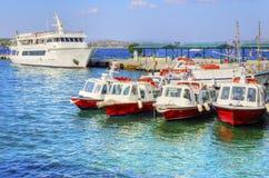 Schöne griechische Insel, Spetses stockfotografie
